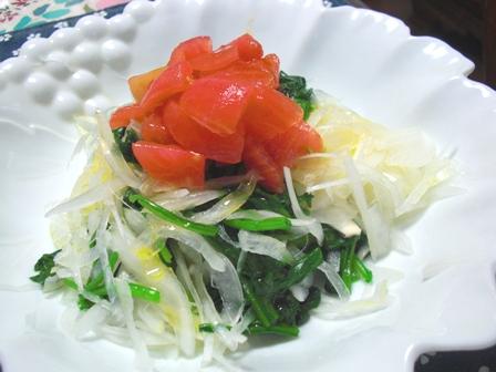 ほうれん草と新玉葱のサラダ