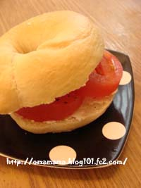Tomato on Bagel