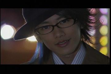 野上良太郎 メガネ9