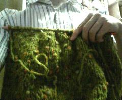 セーターの途中