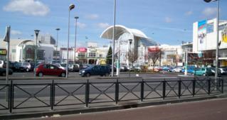 パリ ショッピングセンター