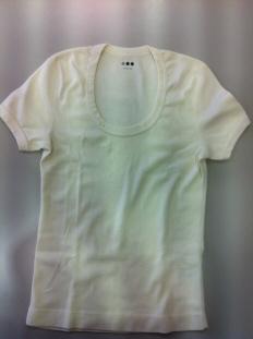 デコるもとのTシャツ