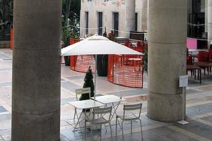 市立近代美術館