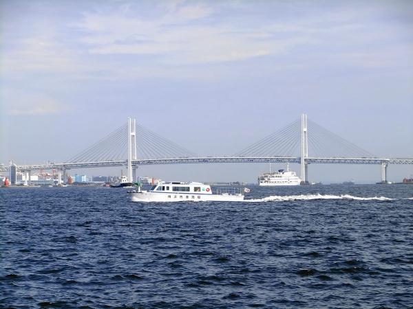 横浜ベイブリッジ〔フリー写真〕
