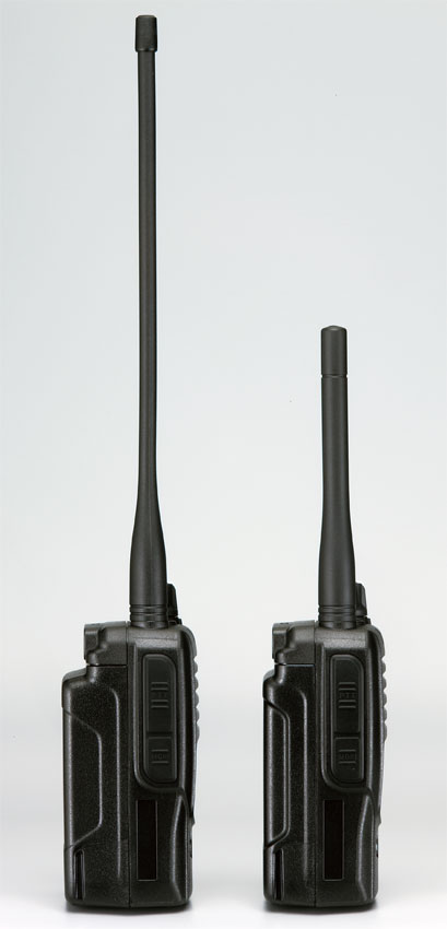 付属アンテナは長短2本