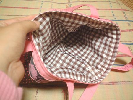 pink_dot_bag3.jpg
