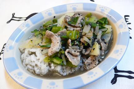 豚肉と野菜のゴマ煮