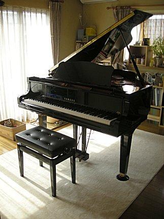 071016-piano.jpg