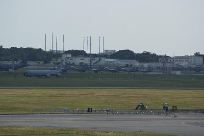 遠くに見えるは・・・F15?