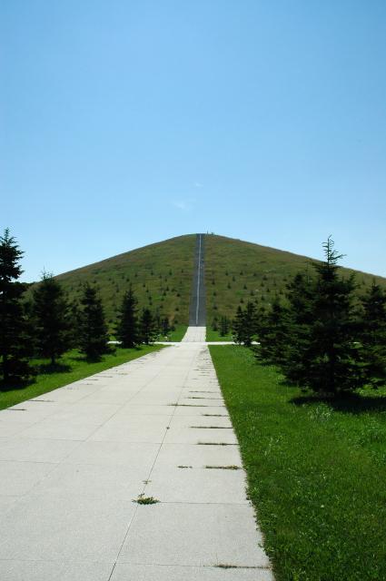 モエレ山 北側