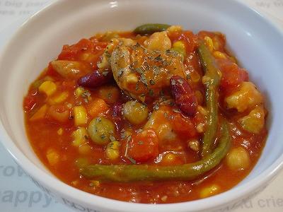 鶏肉と野菜と大豆のトマト煮