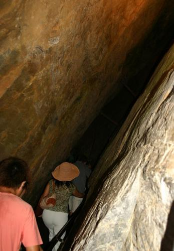 竜ヶ岩洞02