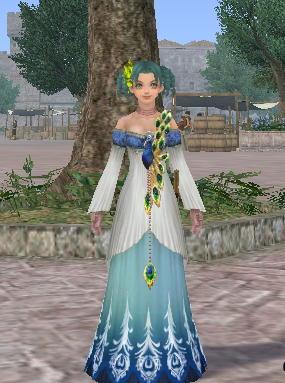 青い孔雀のドレス2