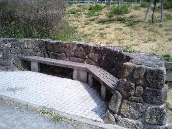 細口池公園のベンチ
