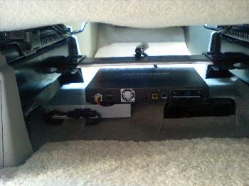 地デジ本体とバックカメラ処理装置