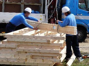 木枠部分を上げる